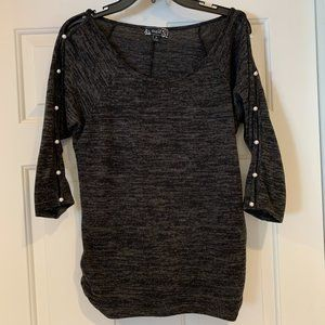 Naif Pullover Sweater 3/4 Sleeves that Button Up M